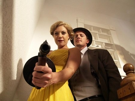 bonnie-and-clyde-vs-dracula